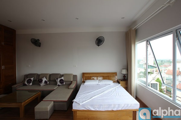 Studio apartment for lease in Tay Ho 2